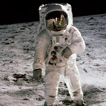Papo Cloud 028 - O que em que o homem pisou na Lua