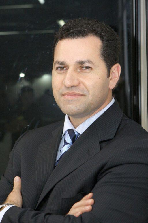 Papo Cloud Quest Software apresenta novo country manager no Brasil Vladimir Brandão assume o cargo com missão de aumentar o portfólio de contas estratégicas e projeta crescimento de 30% da operação no país neste ano