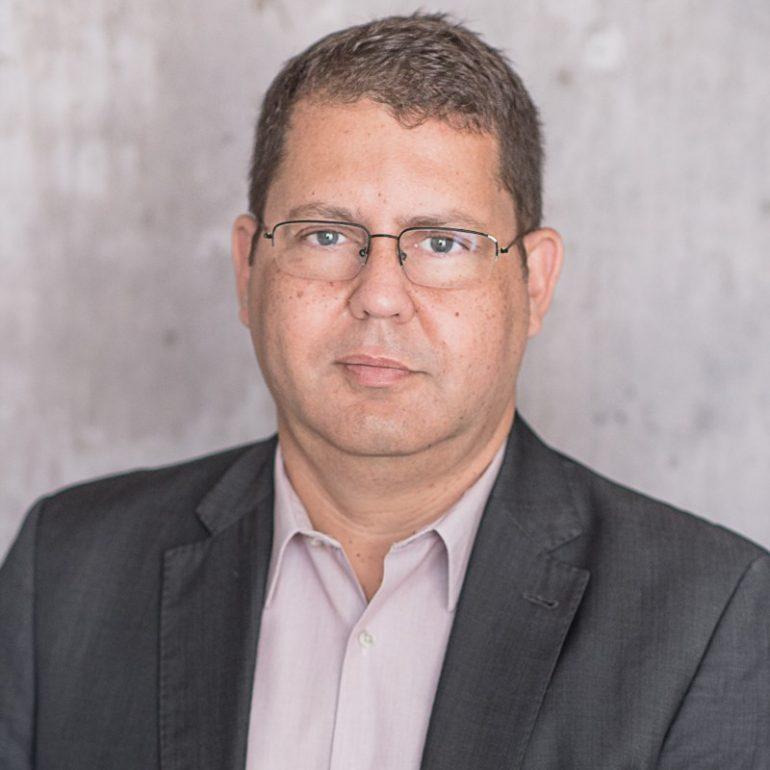 Papo Cloud 113 - O Futuro da automação com o uso do 5G com Paulo Souza Head of Sales Telecom na Red Hat